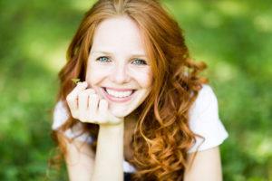 Schönes Hautbild durch Hyaluronsäure und Nährstoffe / Mesotherapie